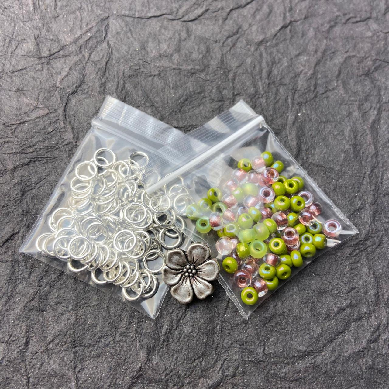 KIT Silver Zig Zag Glass DIY Beginner Easy Kit Poppy Clematis Hibiscus Button Spring Pink Lime