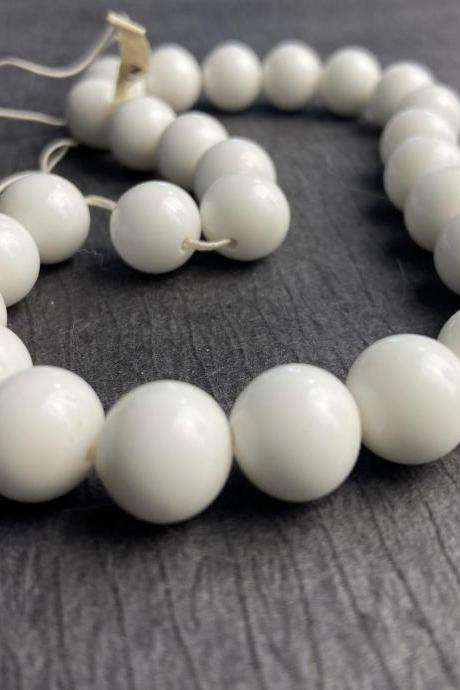 Vintage 12mm White Glass Round Druk Bead Japanese Smooth Old Stock SALE